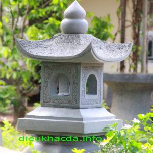 Đèn đá sân vườn